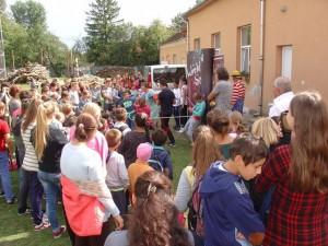 Pomezeu School